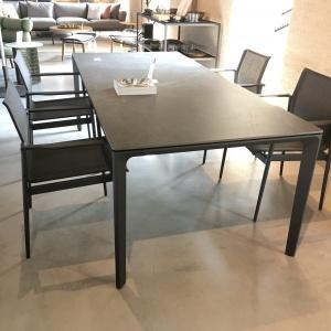 Gloster eettafel met stoelen_zwart