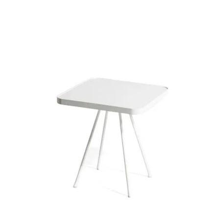 Oasiq Attol bijzettafel 45x45cm wit aluminium blad