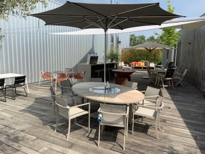 Royal Botania Ozon tafel ovaal met stoelen uitverkoop (2)