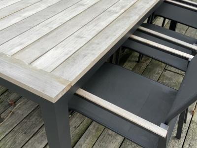 Suns Vario tafel met Tutti stoelen (2)