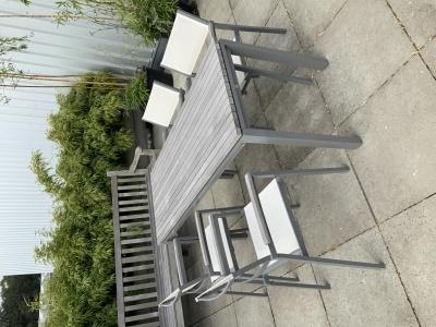 Val-Eur Soho stoelen met tafeltje 150x60cm